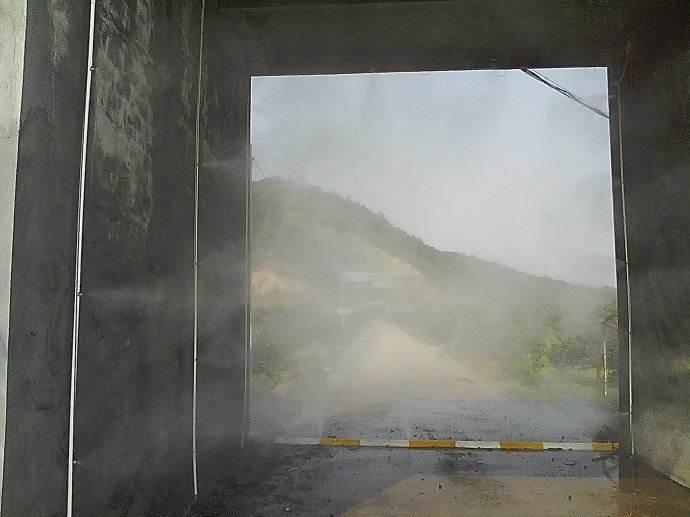 养猪场消毒设备_猪场内外的详细消毒流程_深圳市恒源达喷雾设备有限公司